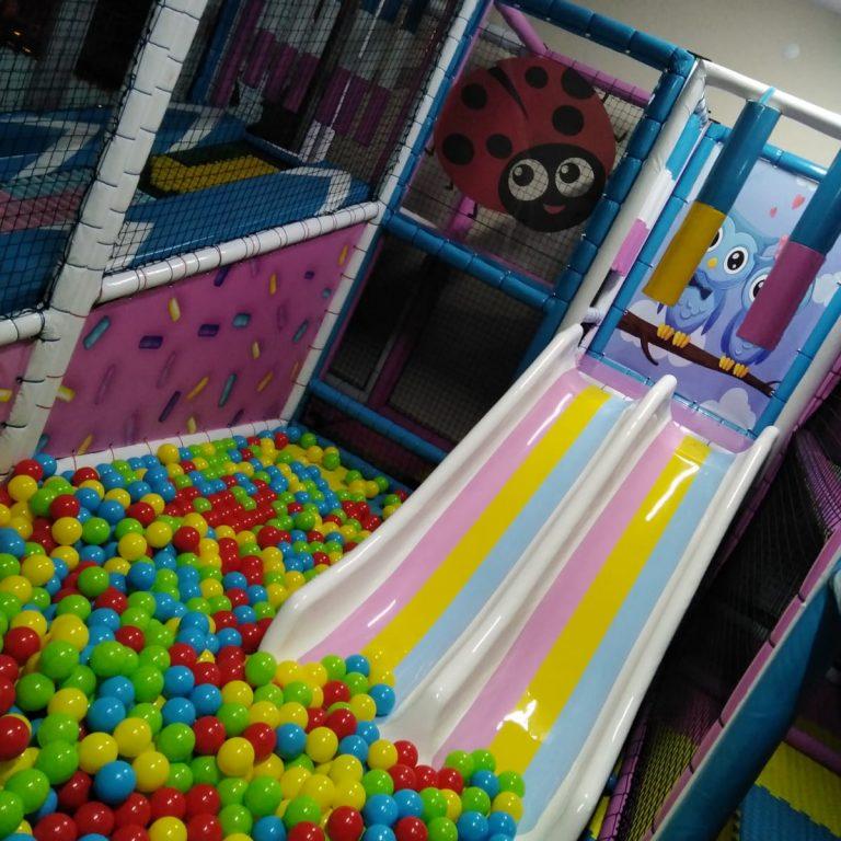 Trampoline Manufacturer   Indoor Playground @