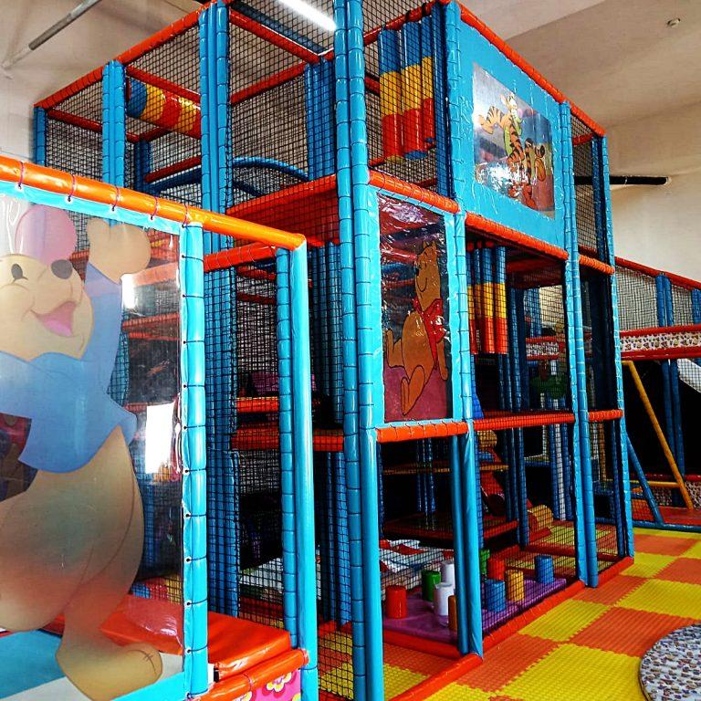 fournisseur aire de jeux intérieur | terrain de jeux intérieur
